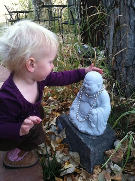 LO pets Buddha