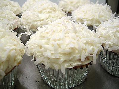 Coconut_cupcakes